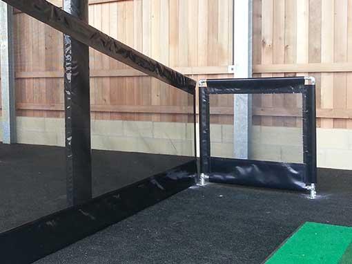 Straight 1m netted handrail