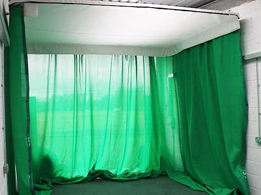 Indoor Retractable Hitting Enclosure