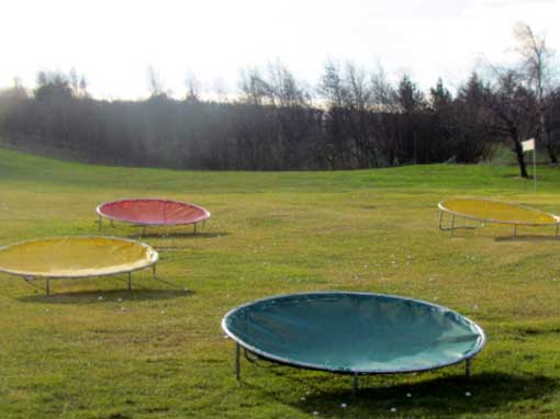 Golf circular chipping net colour combination